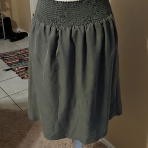 Chico's Skirts - Chico's women's size 1 olive green elastic skirt